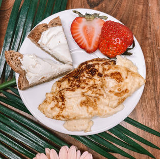 Egg Omelet, Toast with Cream Cheese