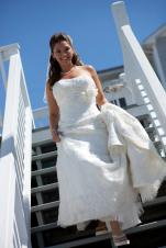 Bride-heading-to-Beach