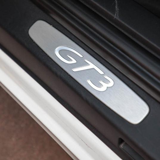 991-gt3-clubsport-white-14.jpg
