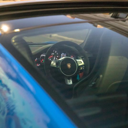 2015-porsche-911-carrera-gts-blue-3.jpg