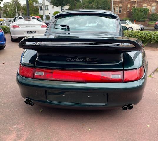 1998-porsche-911-993-turbo-s-green-32.jp