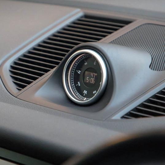 2015-macan-s-petrol-grey-11.jpg