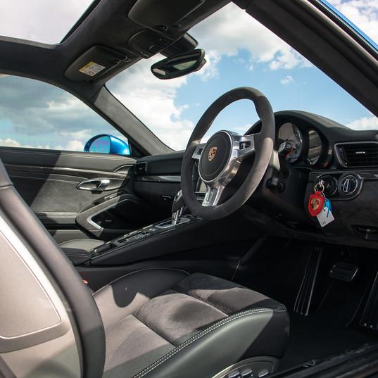 2015-porsche-911-carrera-gts-blue-17.jpg
