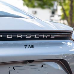 2017-porsche-718-cayman-silver-5.jpg