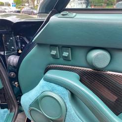 1998-porsche-911-993-turbo-s-green-29.jp