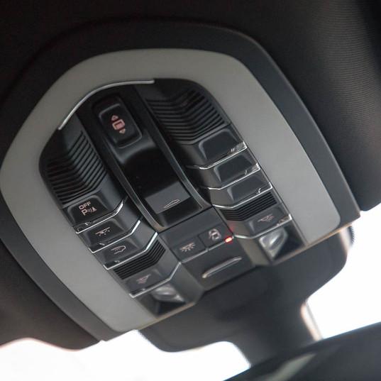 2015-macan-s-petrol-grey-6.jpg