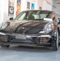991-carrera-s-black-2012-3.jpg