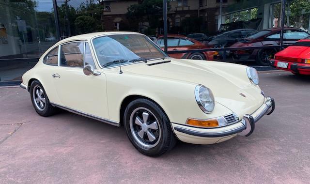 1971 Porsche911E Coupe 2.2L Sportomatic S/N 365