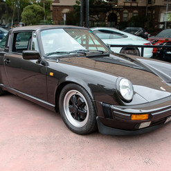 1986-porsche-911-targa-black-23.jpg