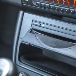 2004-porsche-911-carrera-manual-996-15.j