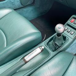 1998-porsche-911-993-turbo-s-green-39.jp