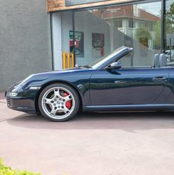 997-carrera-s-cabrio-blue-25.jpg