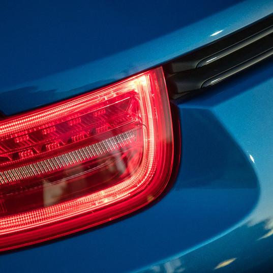 2015-porsche-911-carrera-gts-blue-4.jpg
