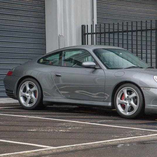 2002-porsche-911-c4s-996-grey-10.jpg