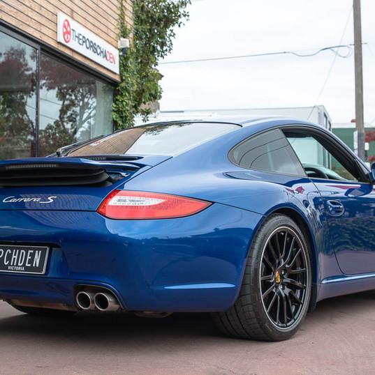997-2-carrera-s-blue-27.jpg