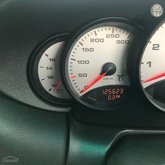 1999-porsche-911-996-cabrio-black-8.jpg