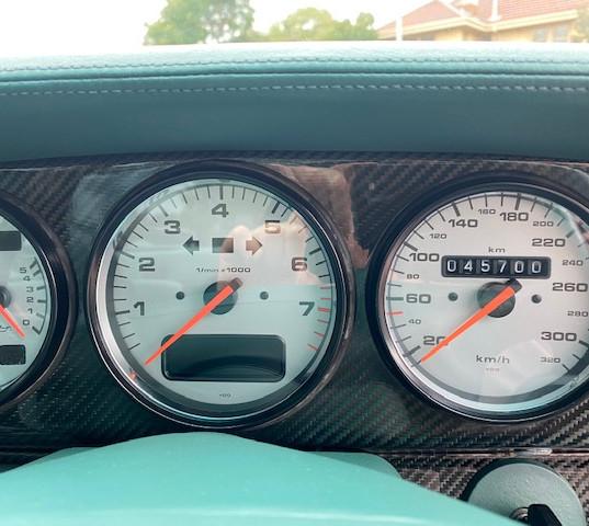 1998-porsche-911-993-turbo-s-green-37.jp