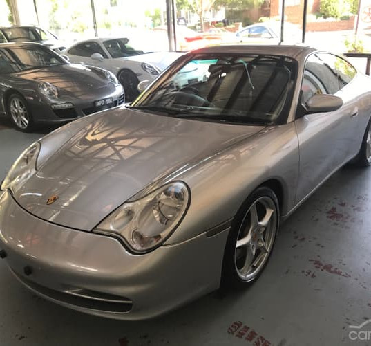 2001-porsche-911-carrera-996-iphone-10.j