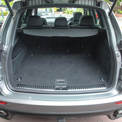 2015-cayenne-diesel-grey-15.jpg