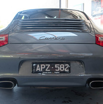 2010-porsche-911-carrera-997-2-grey-23.j