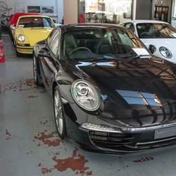 991-carrera-s-black-2012-4.jpg