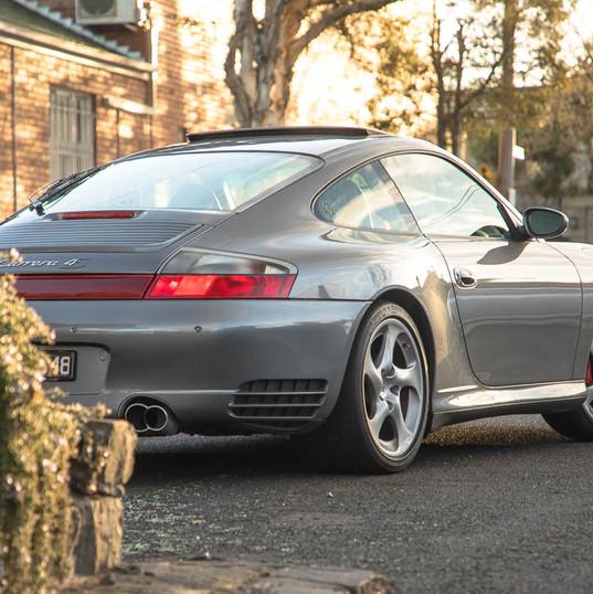 2002-porsche-911-c4s-996-grey-11.jpg