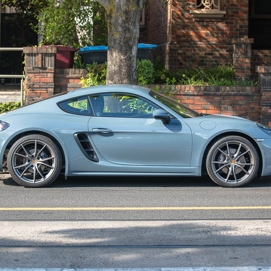 718-cayman-grey-1.jpg