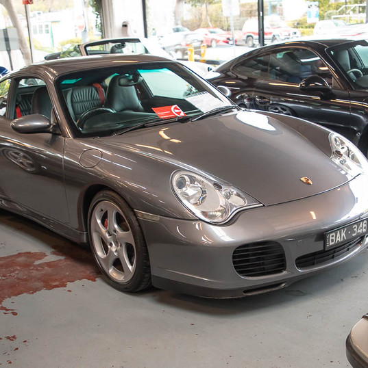 2002-porsche-911-c4s-996-grey-1.jpg