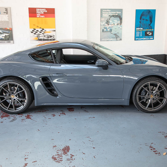 718-cayman-grey-8.jpg