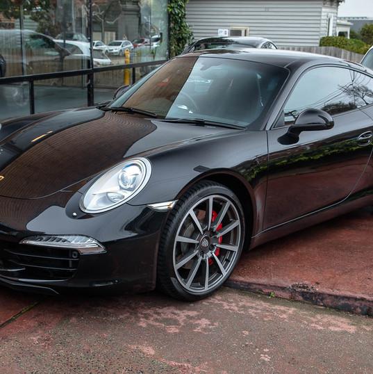 2012-911-carrera-s-991-black-13.jpg