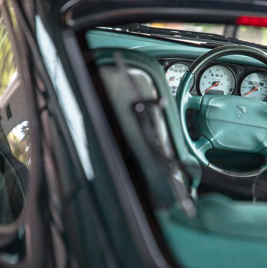 1998-porsche-911-993-turbo-s-green-4.jpg