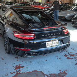 991-turbo-black-9.jpg