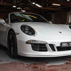 2015-911-carrera-gts-991-cab-15.jpg