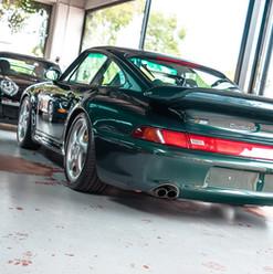 1998-porsche-911-993-turbo-s-green-5.jpg