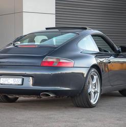 2004-porsche-911-carrera-manual-996-37.j