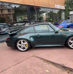 1998-porsche-911-993-turbo-s-green-47.jp