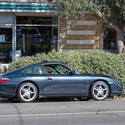 2004-porsche-911-carrera-manual-996-1.jp