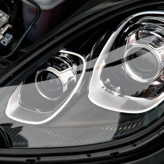 2016-porsche-macan-s-diesel-black-24.jpg