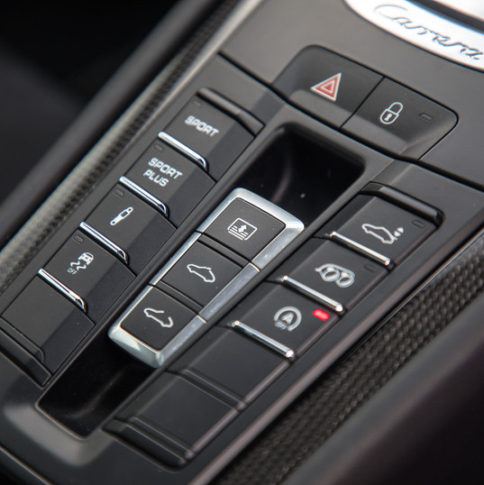 2015-porsche-911-carrera-gts-blue-13.jpg