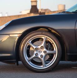 2004-porsche-911-carrera-manual-996-34.j