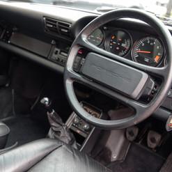 1986-porsche-911-targa-black-16.jpg