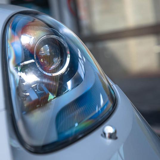 2017-porsche-718-cayman-silver-26.jpg