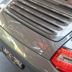 2010-porsche-911-carrera-997-2-grey-9.jp