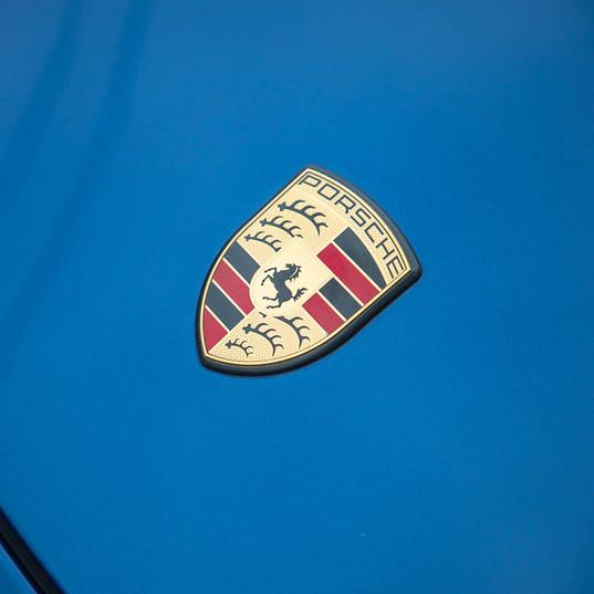 997-2-carrera-s-blue-21.jpg