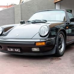1986-porsche-911-targa-black-31.jpg