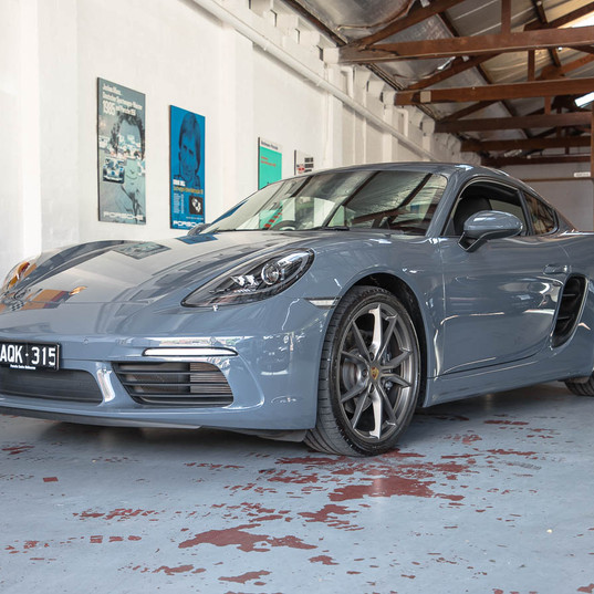 718-cayman-grey-27.jpg
