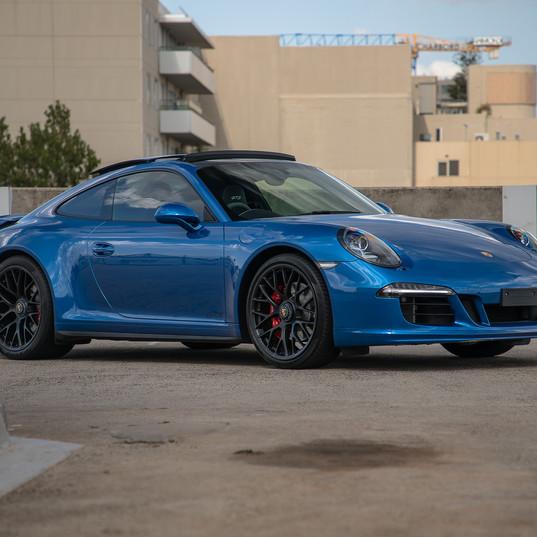 2015-porsche-911-carrera-gts-blue-16.jpg
