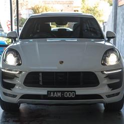 MY17-macan-s-diesel-white-10.jpg