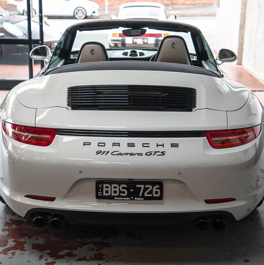 2015-911-carrera-gts-991-cab-14.jpg