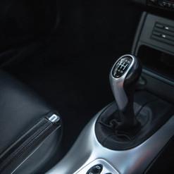 2004-porsche-911-carrera-manual-996-38.j